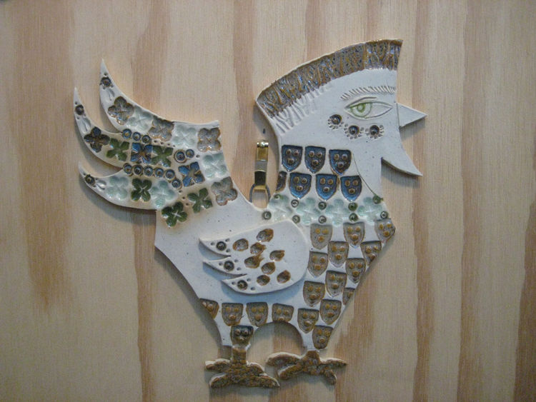 "This ceramic chicken has a bit of an Egyptian look which I was strangely drawn to. <a href=""http://theranchdesigngroup.com/"">The Ranch Design Group</a> had some really lovely rough-and-rustic stoneware, from plant pots to custom tiles."