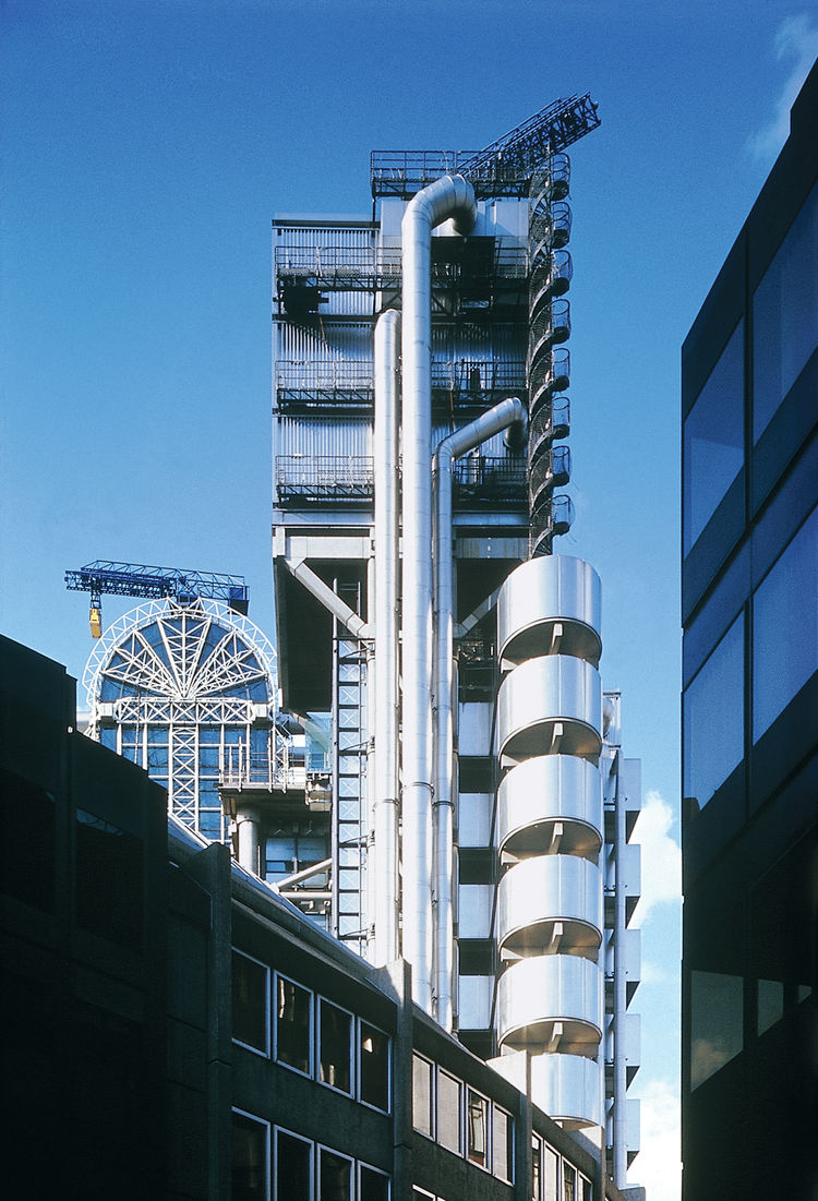 Lloyd's of London, one of RSHP's most famous projects, opened to the public in 1986, becoming an instant icon of British high-tech design. The building remains popular  today as a film location.