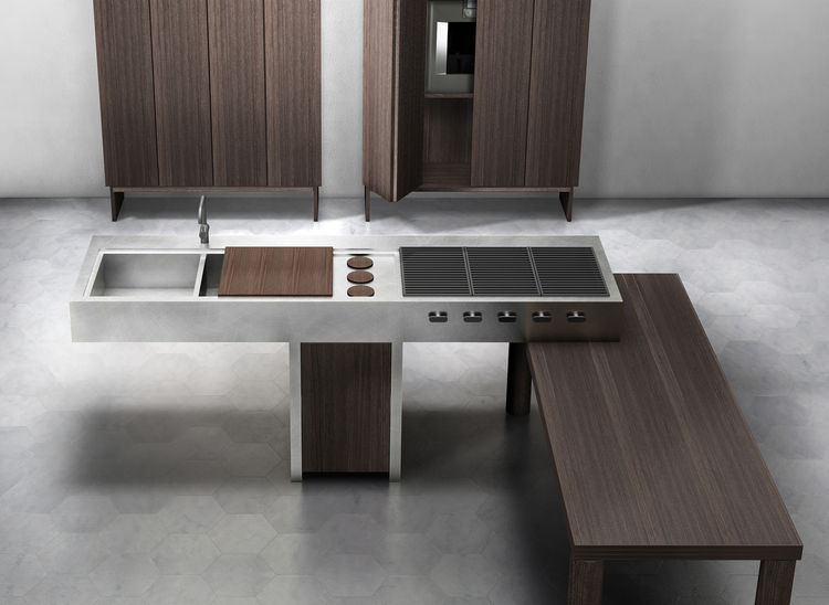 "The Ethos represents <a href=""http://www.fabioluciana.it"">Lando's</a> first foray into kitchens. The Italian furniture company collaborated with famed designer Enzo Berti, and the result is sculptural as well as flexible, with many different arrangements"