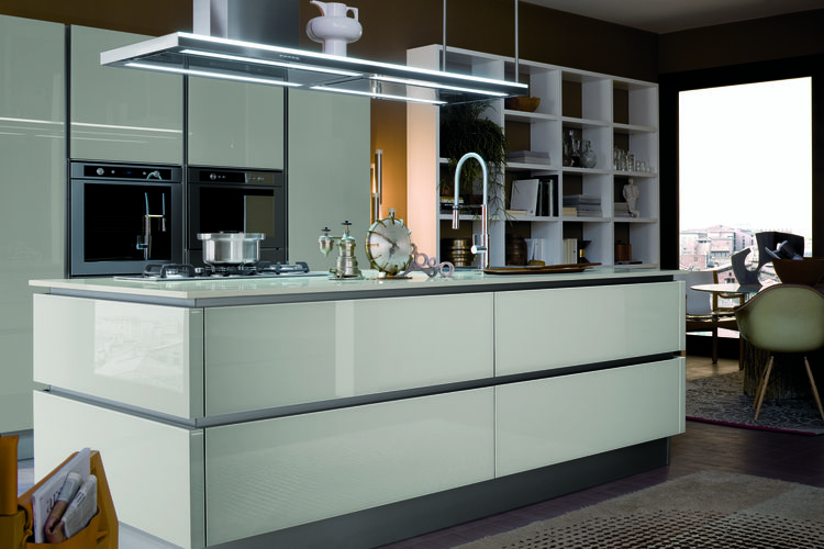 "Industry giant <a href=""http://www.venetacucine.us"">Veneta Cucine</a> unveils an innovative new kitchen system, the Ri-Flex, which elegantly incorporates such materials as cement and lacquered glass to create a seamless modern kitchen. The Ri-flex uses th"
