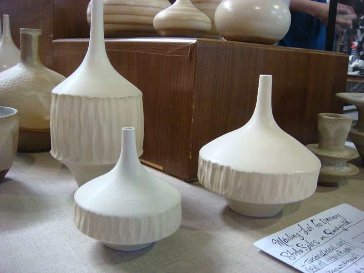 "Another great set of ceramics, this time by <a href=""http://sarapaloma.com/SaraWebSite/home.html"">Sara Paloma</a>. I loved the ridges adorning the outside of these vases."