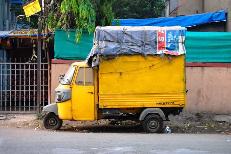 I am obsessed with color and India is the most colorful place in the world.  Even trash trucks and delivery vans are painted with neon hues and primary colors.