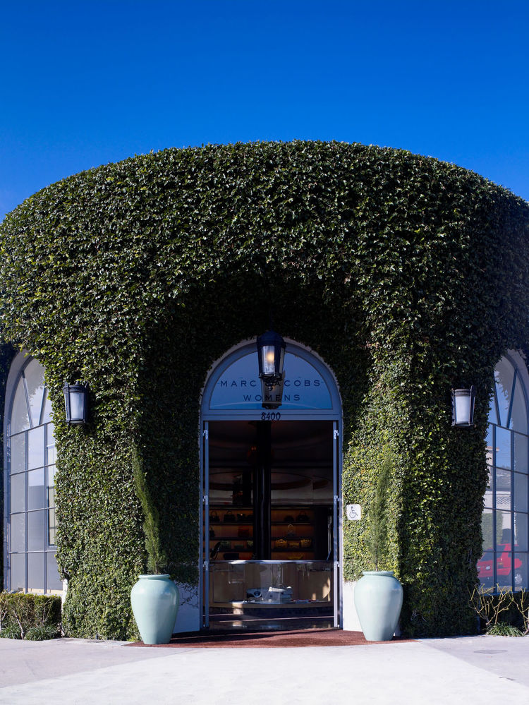 Just across Melrose from the Marc by Marc Jacobs store sits Marc Jacobs with its unmistakably lush facade.