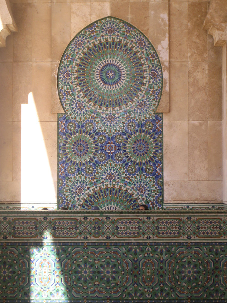 I think this is my favorite of all the tile photos I took. Without looking closely you almost lose the sense that this is made of tile and plaster at all. And the great bursts of green and blue on the mosque offer such a tight, expressionistic bit of fili