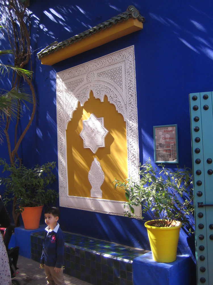 This is at the Majorelle Gardens in Marrakech, just outside what is now a gift shop. Yves Saint Laurent had the gardens when he was alive and the villa that he shared with Pierre Berge is just adjacent. I loved the blue of the building and if you notice t