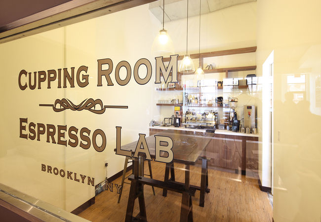 """In their <a href=""""http://www.tobysestate.com/shop/espresso-school"""">Brew School</a>, Toby's also offers <a href=""""http://www.tobysestate.com/products/public-cupping-classes"""">free classes</a> on how to evaluate and taste coffee, and workshops on espresso mak"""