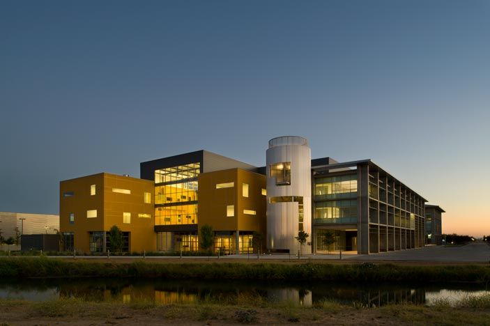 UC Merced green building