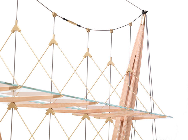 The structure uses engineering techniques commonly found in sailing and bridge building.