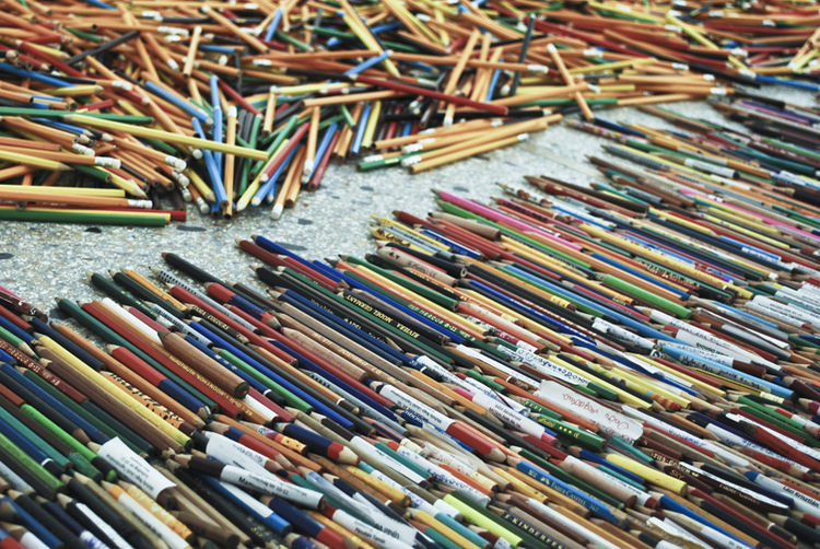 Designed by Marcel Ferencz and Andor Wesselenyi-Garay, Hungary's 'BorderLINE Architecture' was a foray into studying the 'line' as opposed to the 'house' as the basic unit of architecture. Here, countless pencils were gathered from schoolchildren all over