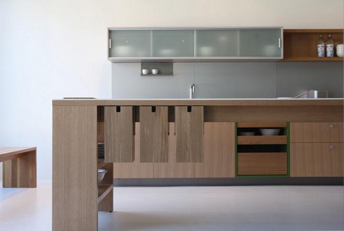 A kitchen by Viola Park