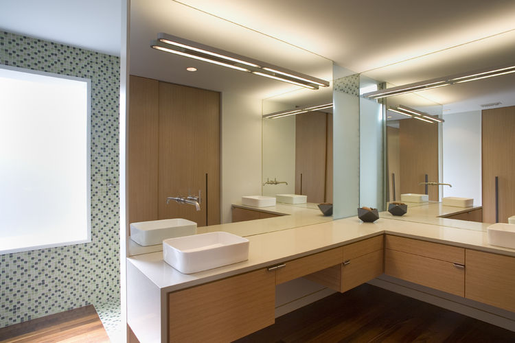 At just over $200 per square foot, Alter was able to keep the construction expenses well below the standard for similar projects in the area. This was accomplished, in part, by using select quality-yet-cost-efficient materials like bathroom tiles from Cos