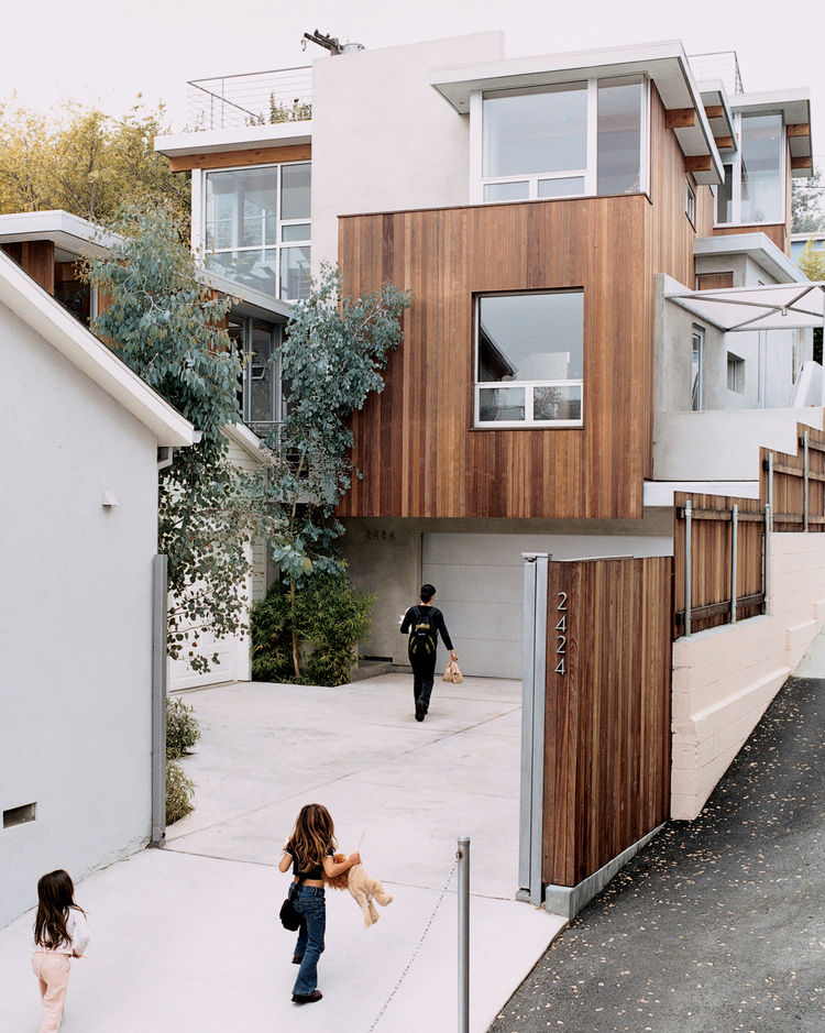 Exterior driveway Santa Monica