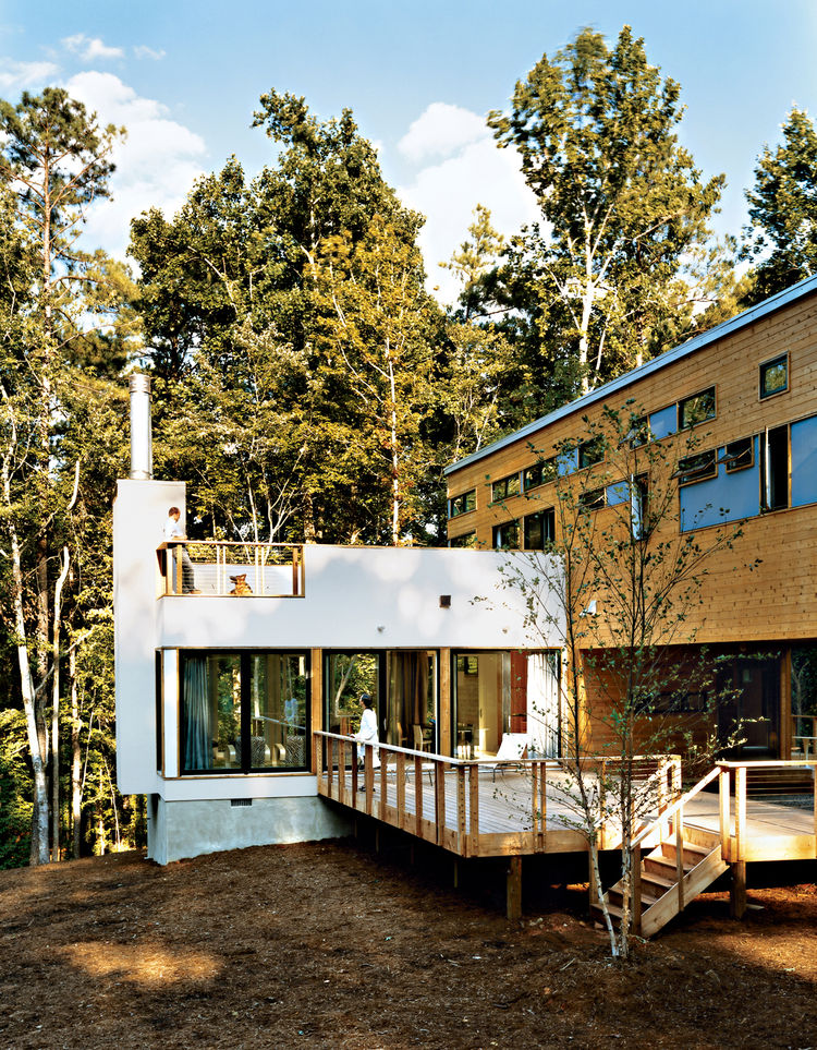 In 2003, Resolution: 4 Architecture was one of 16 firms who participated in the Dwell Home Design Invitational, a competition to design a modern prefab home for $200,000.