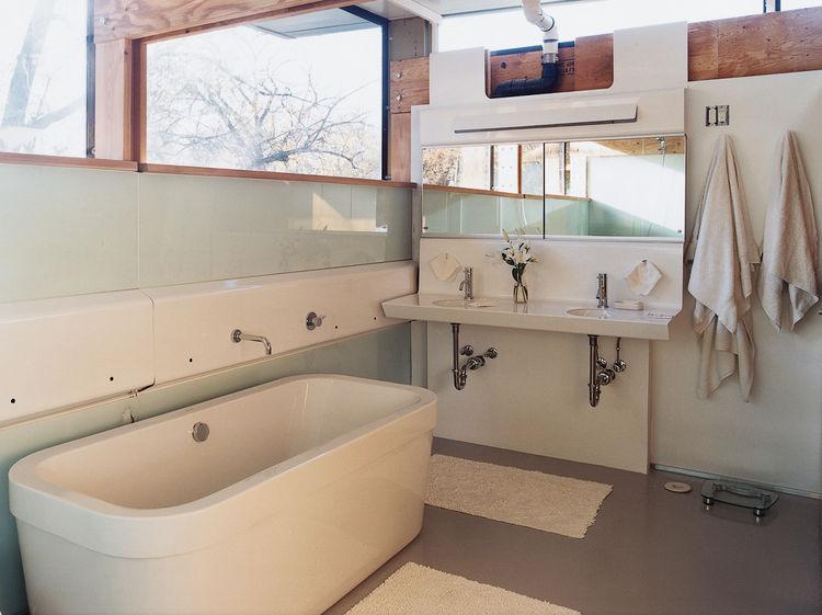 Bathroom design ideas for a modern prefab house