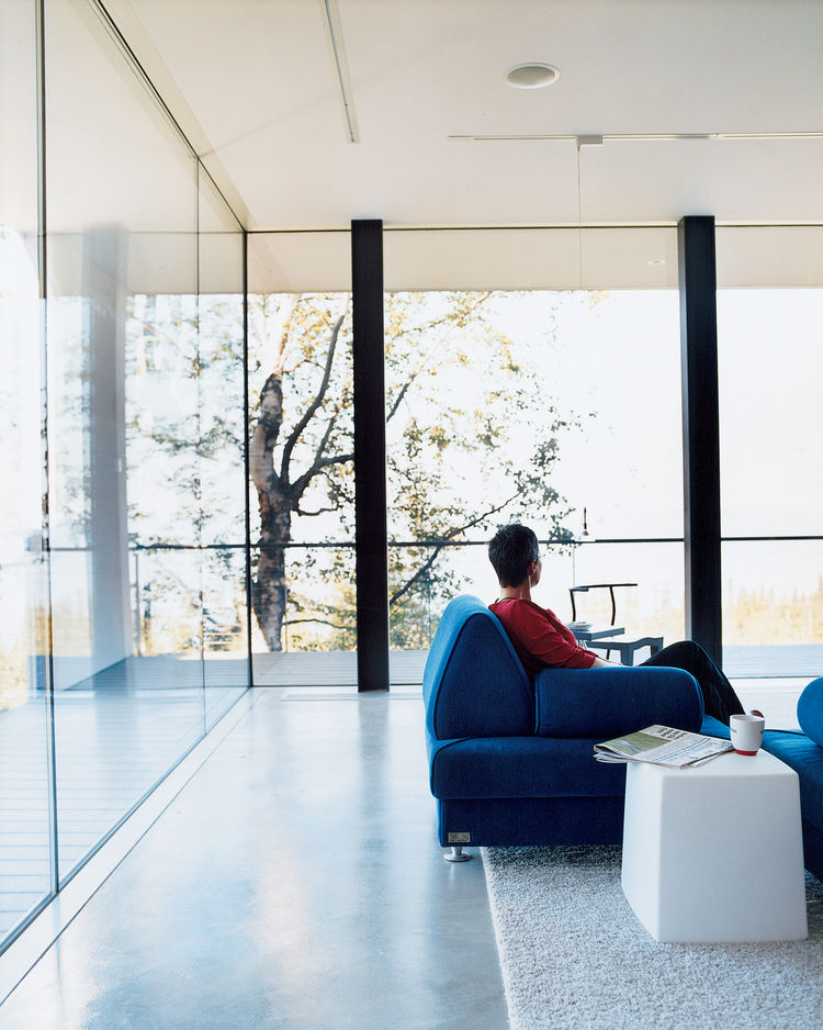 "The floor-to-ceiling windows in the living room give the impression of being outside even while cozily enjoying a cup of tea inside. All the windows in the house are double-paned and filled with argon gas. Petra Sattler-Smith says that ""even when it's 10"