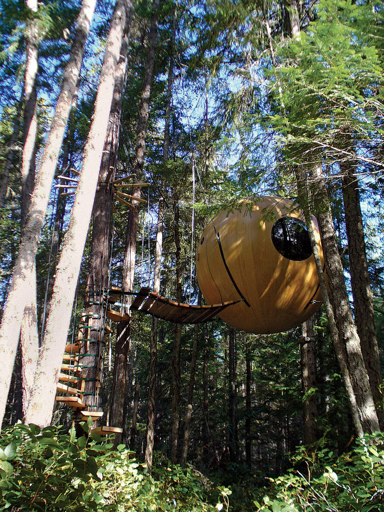 British Columbia–based Tom Chudleigh designed the Free Spirit Sphere as a have-your-cake-and-eat-it-too tree house that combines the wonder of being airborne with all manner of earthly comforts.  Handcrafted of wood or fiberglass, this lavish ten-foot-six