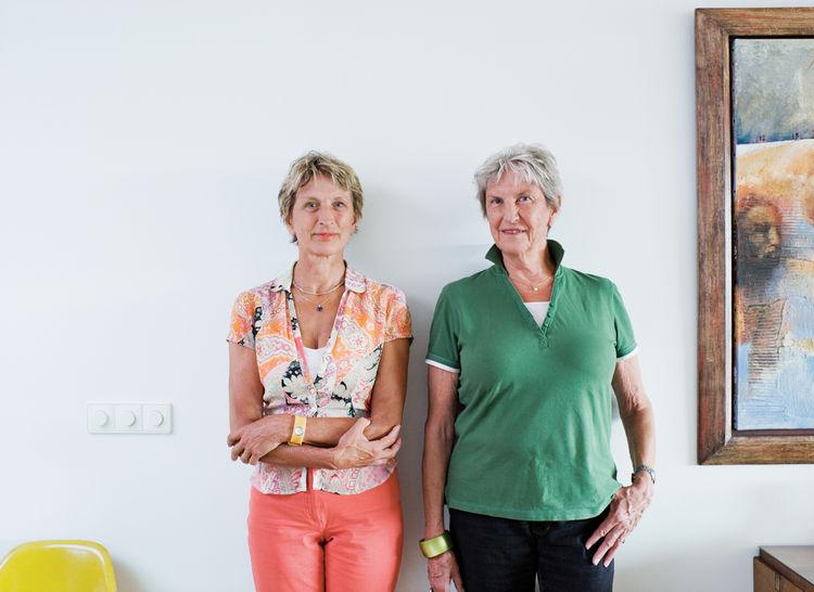Paula van Dijk (left) poses with her sister, Vera.