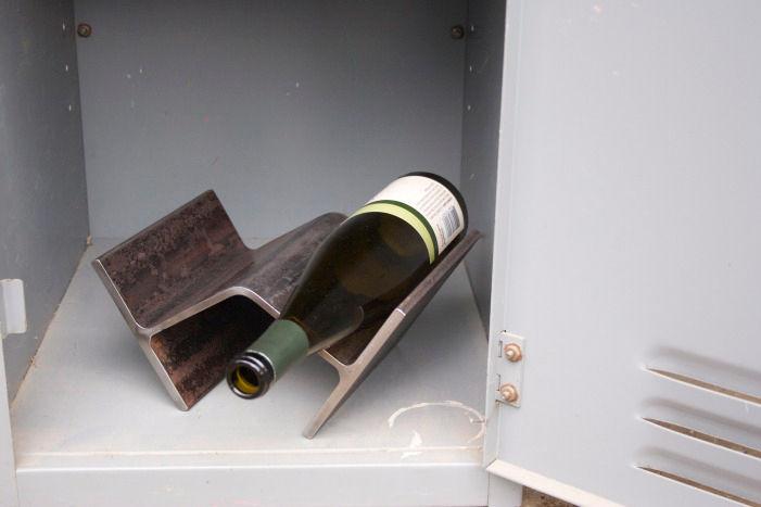 Hipcycle I Beam wine rack