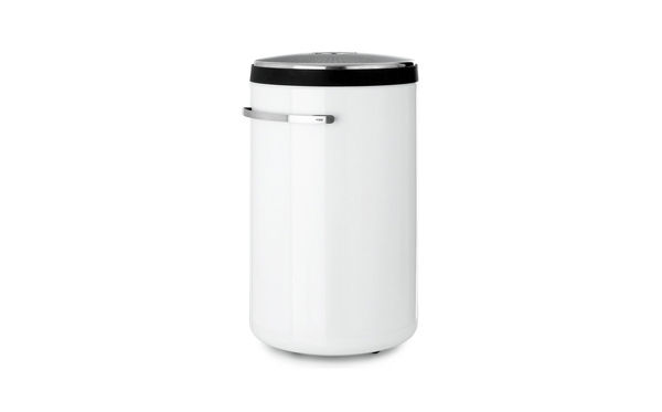Deluxe Laundry Basket by Vipp