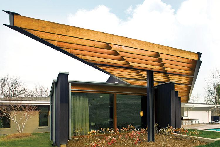 Modern mid-century ranch house with Douglas fir trellis