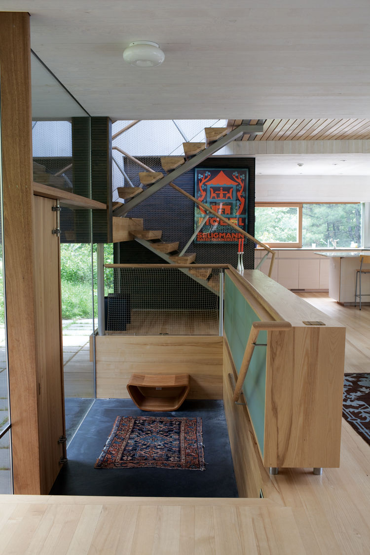 Modern indoor wooden multi-level staircase