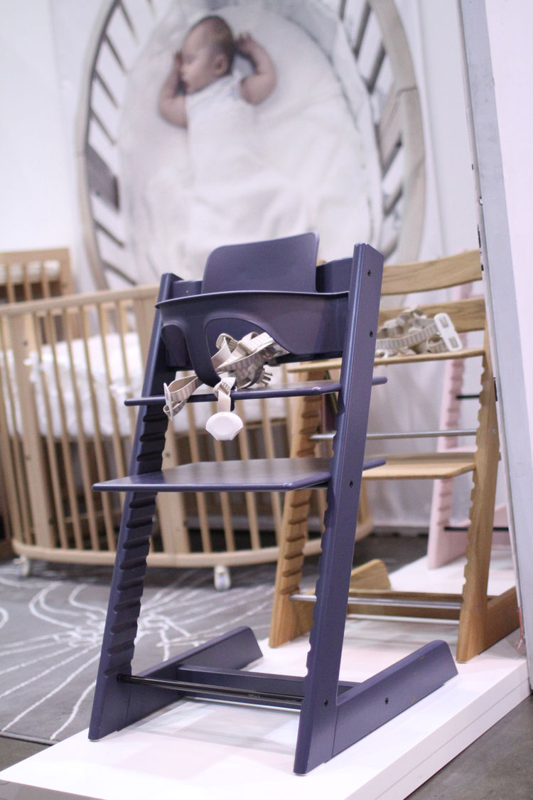 Modern baby chair at Dwell on Design 2012
