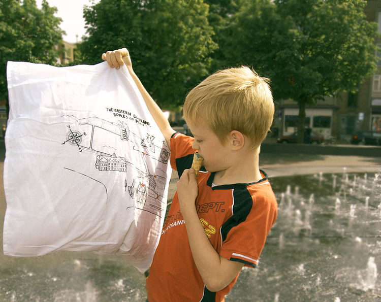 Printed map pillowcase designed by Thor ter Kulve