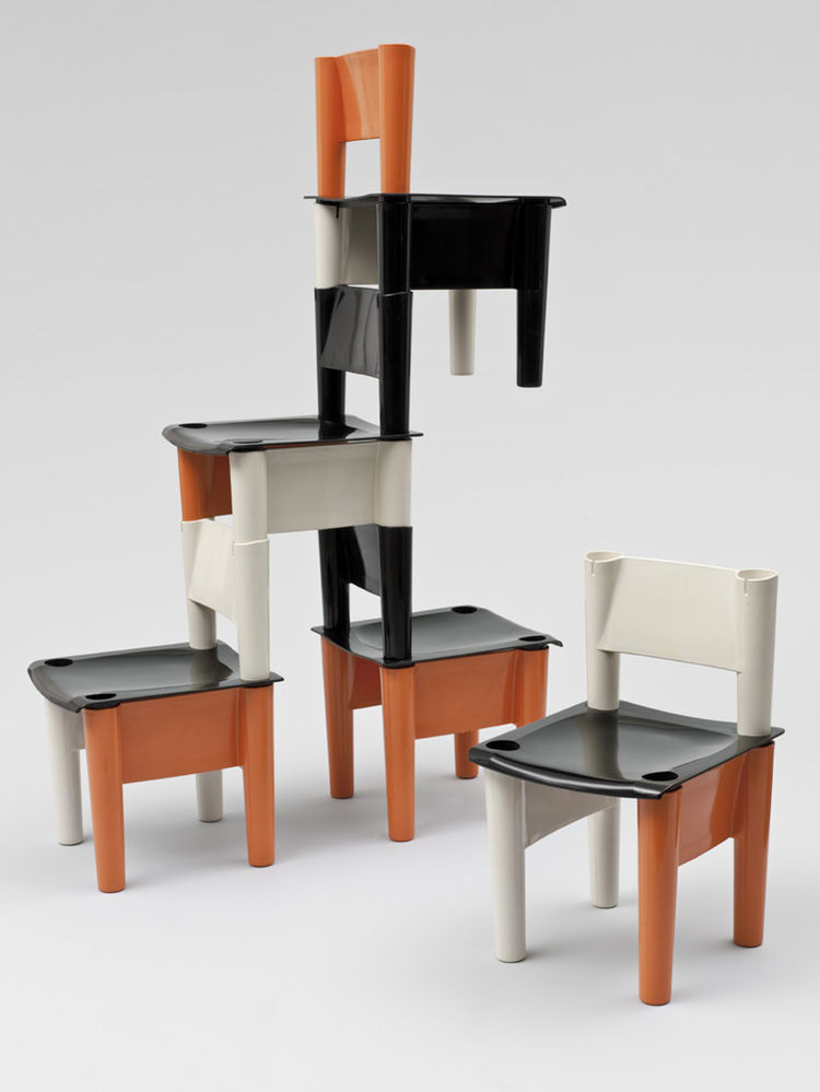 Chica demountable child's chairs by Giorgio DeCurso