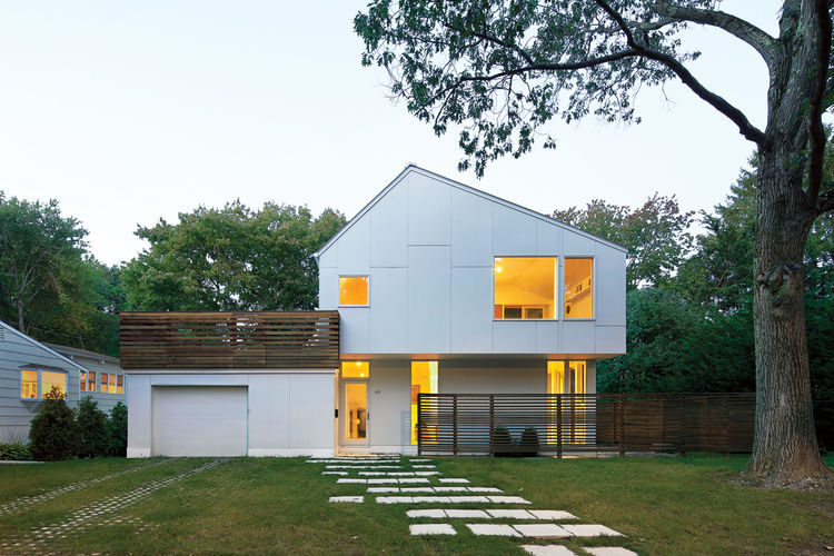 Modern geometric house with roof deck