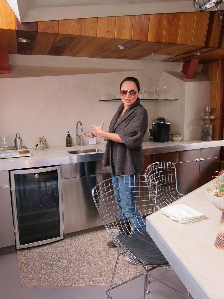 Kitchen of Hotel Lautner in Desert Hot Springs