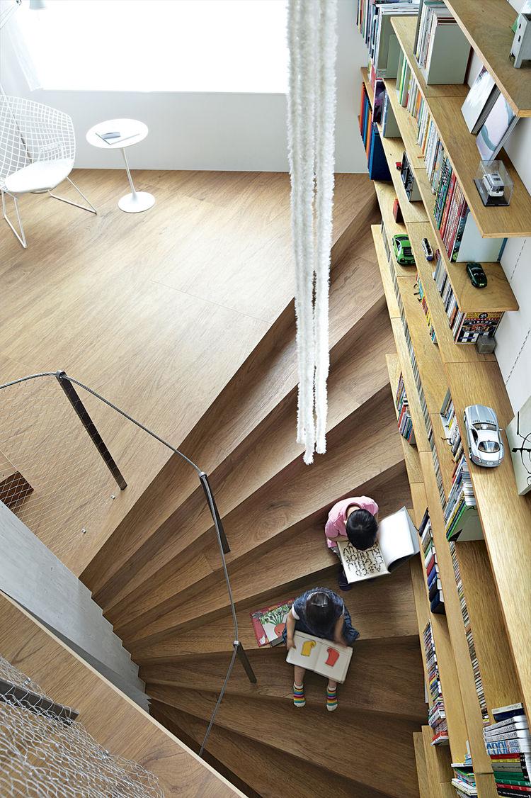coil house, tokyo, staircase, bookshelves