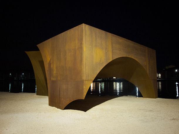 Radix sculpture by Aires Mateus