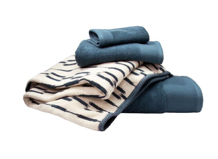 Nate Berkus for Target blue Ikat towels