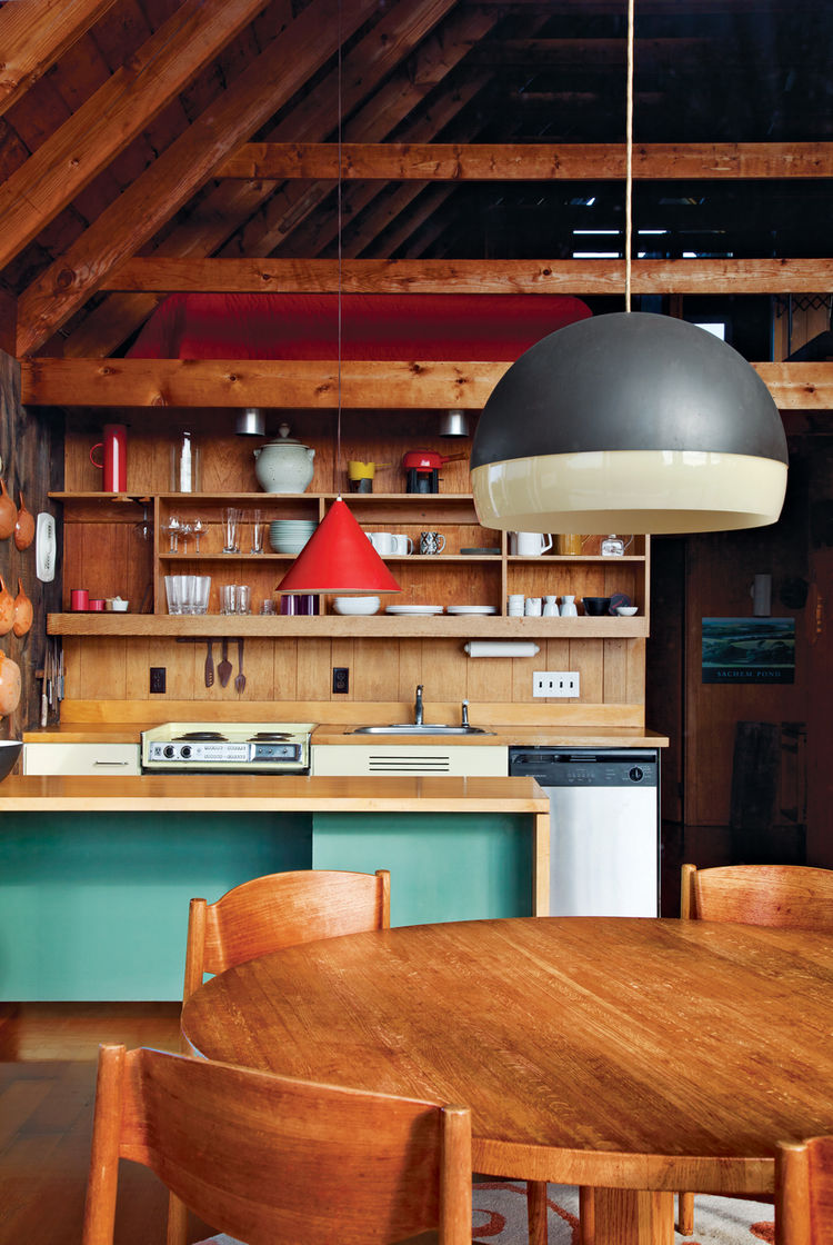 jens risom residence kitchen gabled roof shelving