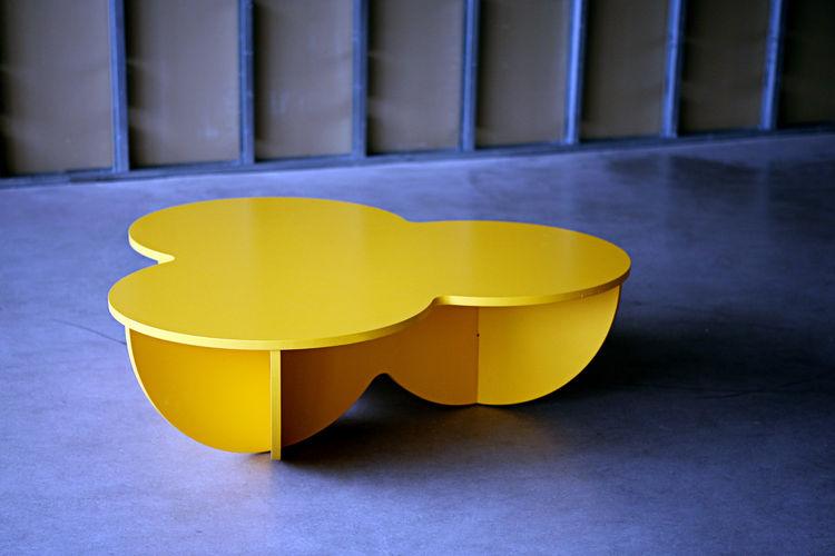Bubbles Table by KiBiSi