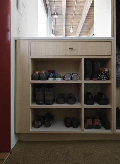 Built-in shoe storage box by JKK Woodcraft
