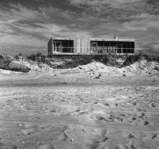 Richard Meier's Lambert House on Fire Island