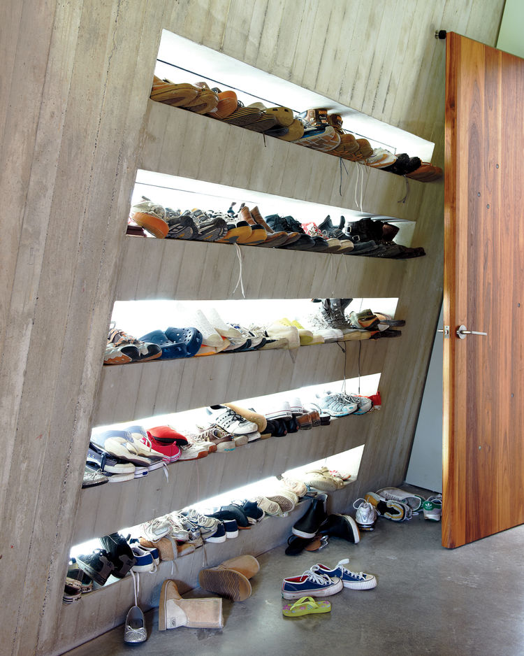 Mudroom for storing shoes
