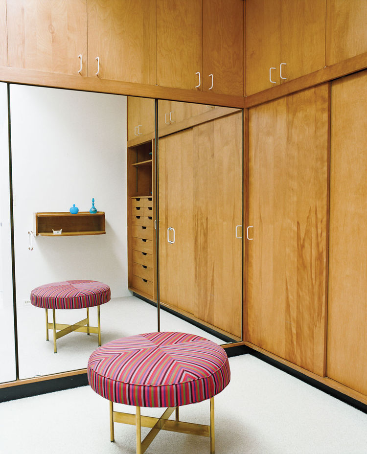 Miller House dressing room with custom stool in Girard's Mogul 081 fabric