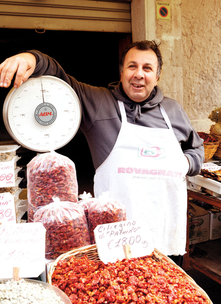 Outdoor market vendor at Syracuse
