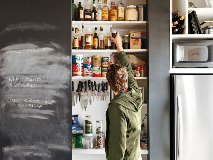 Compact blackboard closet for food storage