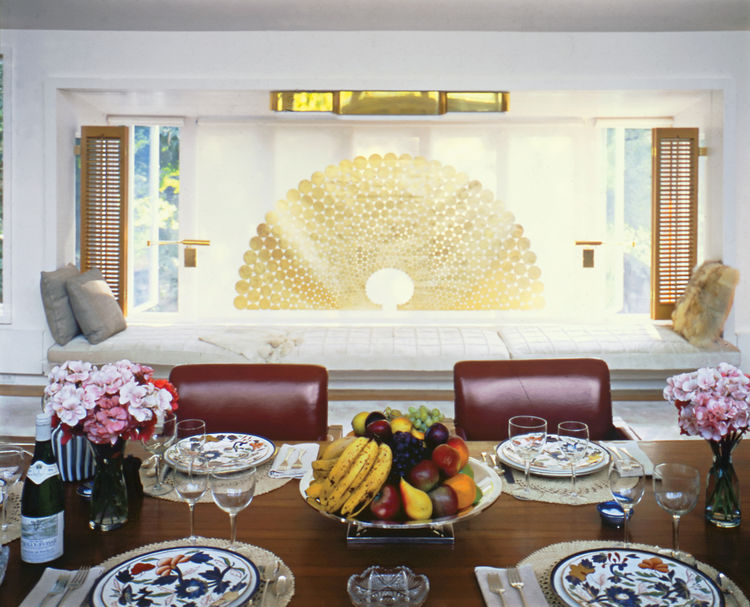 Dining room in Warren Platner's home in Guilford, Connecticut