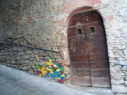 lego bombing wall walkway