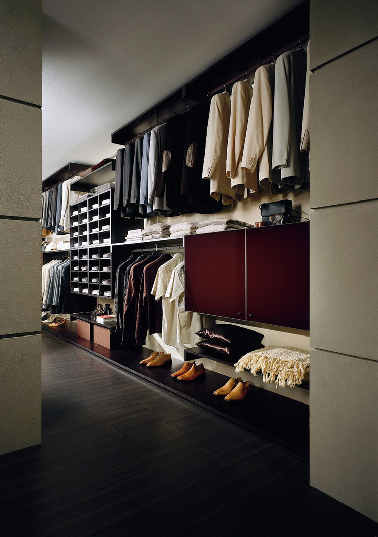 "<strong>Nest by Verardo / <a href=""http://www.verardoitalia.it"">verardoitalia.it</a></strong><br /><br />  Read our <a href=""http://www.dwell.com/articles/closet-cases.html"">Dwell Reports on closet systems from the June 2009 issue</a>"