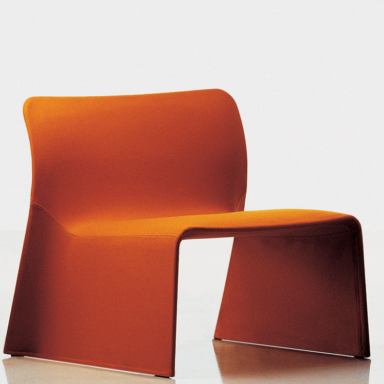 "<strong>The Glove Chair</strong> by Patricia Urquiola for <a href=""http://molteni.it/"">Molteni&C</a>"
