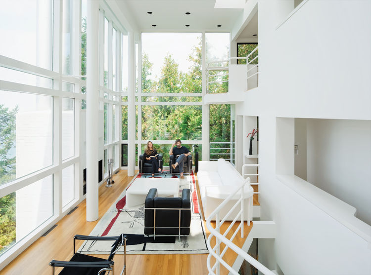 Modern waterfront living room renovation