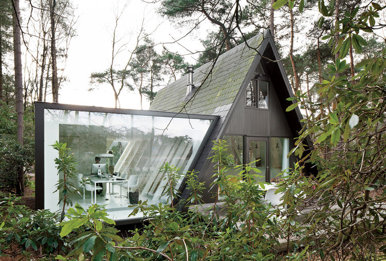Modern small forest home in Belgium
