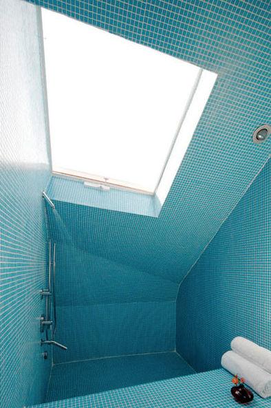 Birdhouse Residence by Adam Sokol