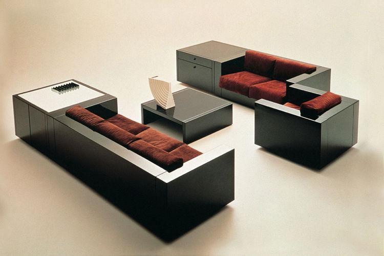 Saratoga modular seating system by Vignelli for Poltronova