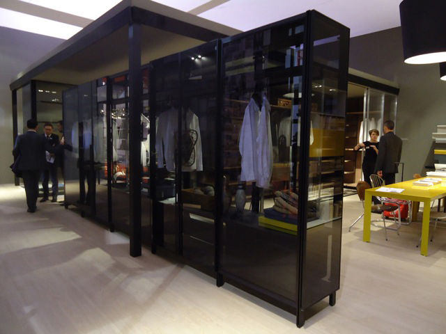 Closet system by Albed